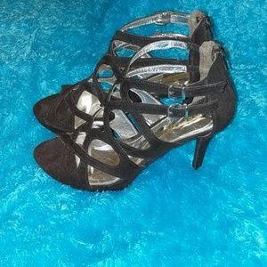 Report black heels
